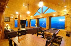 Awesome Smoky Mountains Cabin (and reasonably priced, too.)