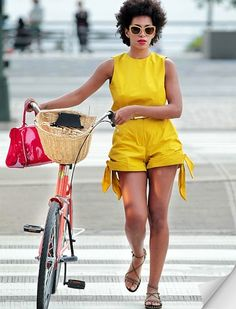 Laid-back and lovely, Solange Knowles shows how to do the whole bike style thing…