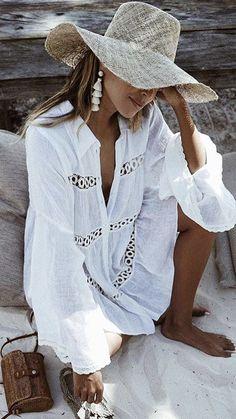 Leisure Beachwear Long Sleeve Crochet Openwork Trim Cover Up Long Sleeves Dresses Fashion Dresses 2019 Holiday Outfits, Summer Outfits, Summer Dresses, Mini Dresses, Ibiza Outfits, Beach Dresses, Vetement Hippie Chic, Short Shirt Dress, Boho Fashion