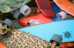 With the popularity of fellow Australian cruiser skateboard company, Penny, GLOBE is offering unique finishes on their regular set-up to catch the attention Skateboard Companies, Cruiser Boards, Cruiser Skateboards, X Games, Cheetah, Globe, Skateboarding, Google Search, Pattern
