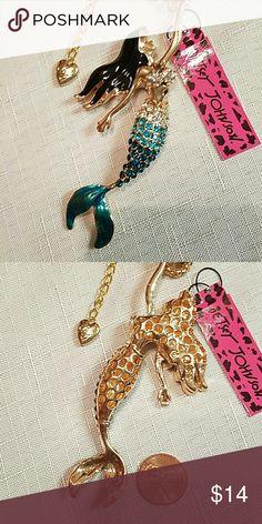 Gorgeous aqua blue crystal mermaid necklace Gorgeous Betsey Johnson aqua blue crystal mermaid necklace 28 inches long Betsey Johnson Jewelry Necklaces