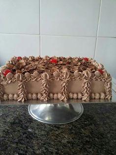 Traybake Cake, Rectangle Cake, Traditional Wedding Cakes, Square Cakes, Chocolate Box, Buttercream Cake, Sweet Desserts, Cakes And More, Cake Designs