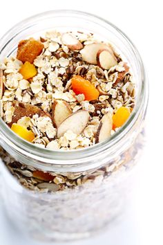 This DIY Instant Oatmeal Mix takes just 5 minutes to make, made with healthier ingredients, and seriously delicious!!