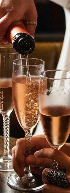 Some Enchanted Evening, Sorry My Love, Decadent Food, Lets Celebrate, Alcoholic Drinks, Food Porn, Fruit, Champagne Brunch, Pink Champagne