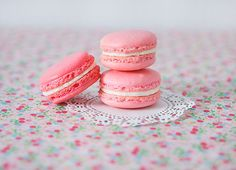 Make your own #macarons! (Project by Caroline Drake)