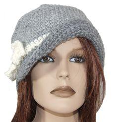 Cappello berretto lana donna bianco grigio con fiocco - fatto a mano <3