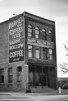 Happy Hollow Coffee Omaha Nebraska black and white