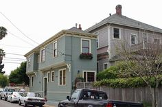 """The Alameda """"Spite House"""" at Broadway and Crist St. in Alameda, CA The house is 20 ft. and 10 ft. Crazy Houses, We Buy Houses, Tiny Houses, Weird Houses, Unusual Houses, Amazing Houses, Spite House, Alameda California, Atlanta Homes"""