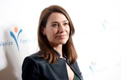 Meet Joe Black star Claire Forlani has landed a recurring role on the new season of Hawaii Five-0, EW has learned exclusively.  Forlani will play Alicia Brown, a retired criminal profiler who works with McGarrett (Alex O'Loughlin) to hunt down a serial killer threatening the people of Oahu.