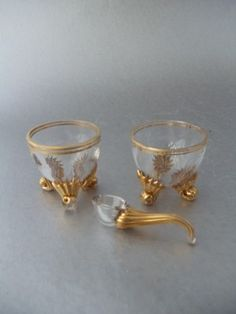 ANTIQUE VICTORIAN GOLD GILT GLASS CRYSTAL OPEN SALT CELLAR DISH CUP w SPOON VTG