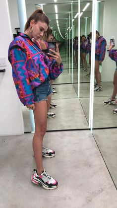 Price of Cheap Balenciaga Triple S Trainers PINK / Black online Sneakers Fashion Outfits, Sporty Outfits, Cute Casual Outfits, Summer Outfits, Sneaker Outfits, Sneakers Looks, Dad Sneakers, Chunky Sneakers, Chunky Shoes