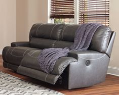 Tips That Help You Get The Best Leather Sofa Deal. Leather sofas and leather couch sets are available in a diversity of colors and styles. A leather couch is the ideal way to improve a space's design and th Grey Leather Reclining Sofa, Grey Leather Couch, Reclining Sectional, Gray Sofa, Leather Recliner, Soft Leather, Black Leather, Sectional Sofas, Leather Sectional