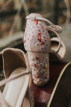 With a folksy heart and a bohemian spirit, this couple transformed a simple forest setting into a sweet little woodland wedding. Woodland Wedding, Boho Wedding, Dream Wedding, Bohemian Weddings, Bohemian Bride, Forest Wedding, Indian Weddings, Sock Shoes, Cute Shoes