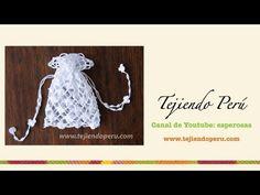 Paso a paso: bolsita para Primera comunión tejida a crochet (punto red de flores margaritas) - YouTube