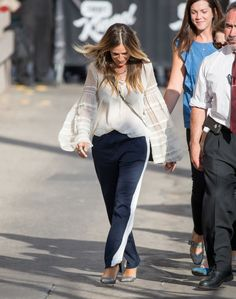 Sarah Jessica Parker Photos Photos - Sarah Jessica Parker is seen at 'Jimmy Kimmel Live' on September 28, 2016. - Sarah Jessica Parker Appears on 'Kimmel'