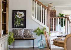 An Adorable Colonial Cottage From Fixer-Upper Just Hit the Market Most Popular Kitchen Design Ideas for 2019 Fixer Upper Living Room, Fixer Upper House, My Living Room, Living Spaces, Joanna Gaines, Porches, Interior Stair Railing, Colonial Cottage, Cottage Dining Rooms