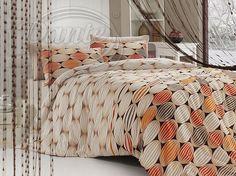 Výrazné krásně vzorované povlečení v přírodních barvách, oživené žlutou a oranžovou.     Ložní povlečení je vzorováno z obou stran stejně na povlaku na deku i na polštáři.     Zapínání je na zip.     Materiál: hladká 100% bavlna. Comforters, Blanket, Home, Creature Comforts, Quilts, Rug, Blankets, Cover, Haus