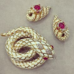 David Webb Platinum 18K Gold White Enamel Ruby Diamond Snake Brooch & Clip…