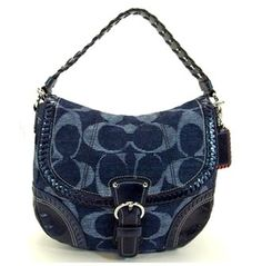 Great handbag for work or play.  Adjustable style make it very versatile.