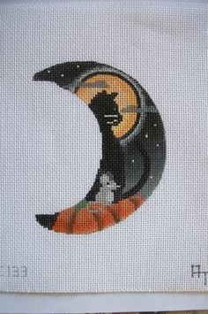 AT Designs CAT Mouse Moon EE133 HP Needlepoint Canvas | eBay