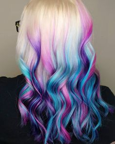 We've gathered our favorite ideas for Dip Dye Hair Guide How To Dip Dye Your Hair At Home, Explore our list of popular images of Dip Dye Hair Guide How To Dip Dye Your Hair At Home in multi colored dip dyed hair. Hair Dye Colors, Hair Color Blue, Cool Hair Color, Ombre Color, Purple Ombre, Teal And Purple Hair, Crazy Colour Hair Dye, Turquoise Hair, Pastel Colors