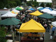 Phinney Farmers Market - Seattle  Upper Parking LOt at 67th & Phinney Ave N. FRIDAYS, 3pm to 7pm www.streettreatswa.com