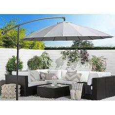 Ronde parasol in mokka Grand Parasol, Grey Gardens, Outdoor Gardens, Grey Garden Furniture, Outdoor Furniture, Lean To Conservatory, Garden Sitting Areas, Houses, Gardens