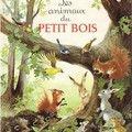 Les animaux du Petit Bois, un gros livre rempli d'histoires écrites par Anne-marie Dalmais et généreusement illustrées par...