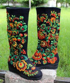 da654023b9443 15 Best Wonderful Wool images in 2019 | Wool, Felt boots, Felt shoes