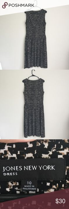 Jones New York | Dress Flowy and work appropriate Jones New York sleeveless dress with crossover detail at bust and gathering at waist. Flowy skirt bottom hits just below knees. Top is lined. Pullover style and in size 10. No longer fits me. Black cream and brown design. In perfect condition. Jones New York Dresses