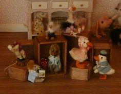 De-Knuffelwinkel - In Het Mini - Koddels, Poppenhuizen en Miniaturen