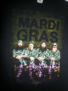 New A & E Duck Dynasty Mardi Gras Short Sleeve Graphic T-Shirt Men's Size Medium #DuckDynasty #GraphicTee