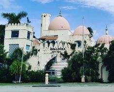 #Architecture #IslamicArchitecture #OpaLockaFl #305 #561BUILD #ForensicEngineer #PalmBeach #FtLauderdale #Miami Islamic Architecture, Forensics, Palm Beach, Taj Mahal, Miami, Homes, Building, Travel, Houses