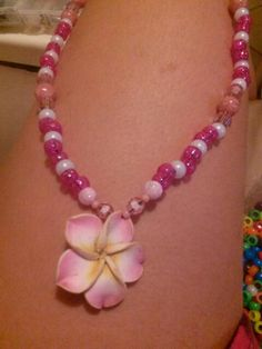 Prettu flower necklace i made