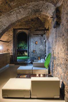 Rustic meets Modern Lounge