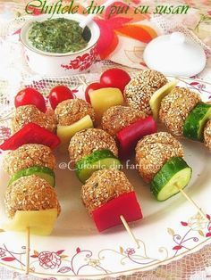 » Chiftele din pui cu susanCulorile din Farfurie Party Snacks, Appetizers For Party, Appetizer Recipes, Dessert Recipes, Culinary Arts Schools, Baby Food Recipes, Cooking Recipes, Romanian Food, Food Platters