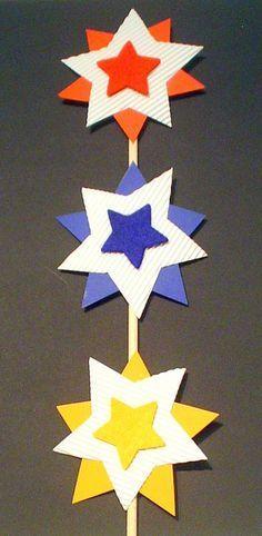 Dekorative Sterne - Weihnachten-basteln - Meine Enkel und ich - Made with schwedesign.de love the color choices. Christmas Activities, Christmas Crafts For Kids, Xmas Crafts, Kids Christmas, Diy And Crafts, Arts And Crafts, Christmas Decorations, Paper Crafts, Christmas Ornaments