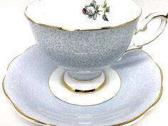 Royal Standard Vintage Teacup & Saucer Scalloped with Gold