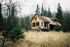 http://cabinporn.com/post/21269835455/moose-valley-hovland-minnesota-submitted-by