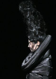 Jun Takahashi † #fashion #avantgarde #hautegoth #gothaesthics #gothicsensibility #fashionforward #directional #runway #catwalk #CommeDesGarçons #JunTakahashi