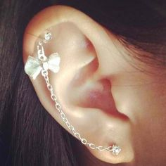 Want my cartilage pierced so bad.