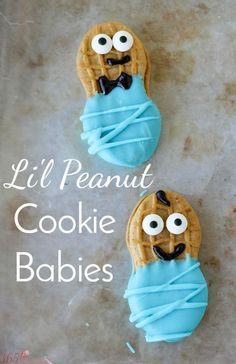 These adorable (and tasty) Little Peanut Cookie Babies are perfect for baby showers! They are a no bake treat so you just need a few supplies and you're done!  boy baby shower | girl baby shower | li'l peanut party theme | Nutter Butter babies | no bake cookie | baby shower themes | #TampicoBossBaby #TampicoRaiseABoss #TampicoJuice (ad)