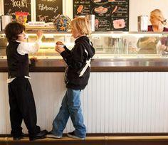 A neighborhood guide to Manhattan Beach--- make sure to try Manhattan Beach Creamery (known for their ice cream sandwiches)