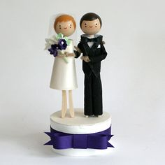 How Cute is this Wedding Cake Topper