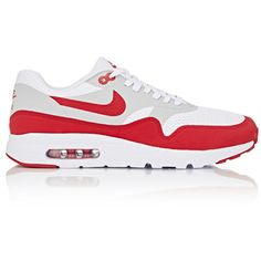 Nike Men's Air Max 1 Ultra Essential Sneakers ($120) ❤ liked on Polyvore featuring men's fashion, men's shoes, men's sneakers, white, mens low top basketball shoes, mens low tops, mens lace up shoes, mens mesh shoes and mens white sneakers