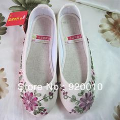 Cheap Flats on Sale at Bargain Price, Buy Quality shoe flower picture, shoe women, flower design shoes from China shoe flower picture Suppliers at Aliexpress.com:1,Flats Type:Basic 2,Shoe Width:Medium(B,M) 3,fashion element:shallow mouth, embroidered 4,Pattern Type:Floral, Print 5,Outsole Material:Cow Muscle