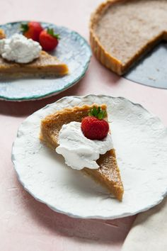 Sugar pie, also known as tarte au sucre or brown sugar pie, is a simple dessert that hails from Quebec. Make it for Thanksgiving - or any time of year! Winter Desserts, Great Desserts, Holiday Desserts, Holiday Recipes, Biscotti, Dessert Crepes, Dessert Bars, Brown Sugar Pie, Chocolate Caramel Slice