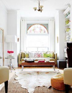 Bright and cozy Toronto living room