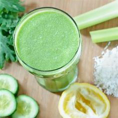 Best Green Juice Recipe | Kale, spinach, coconut, and almond milk are blended together, creating the best green juice that is quick to prepare.