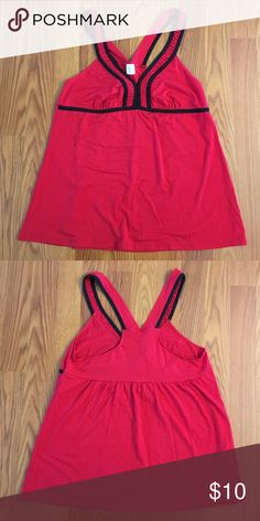 🆕 Sleep shirt Not sure of brand as tags were cut out. Cute red sleep shirt with black details. Never worn.   ❌ No trades 🚫 Smoke-free home 🐾 Pet-friendly home 👍 All reasonable offers considered 💕 Bundle to save more 📦 Will usually ship within one business day ❔ Questions welcome! Intimates & Sleepwear Pajamas